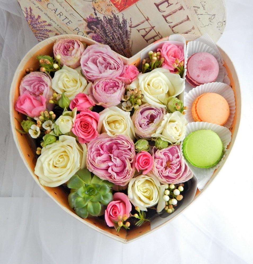 Цветы в коробках с печеньем своими руками